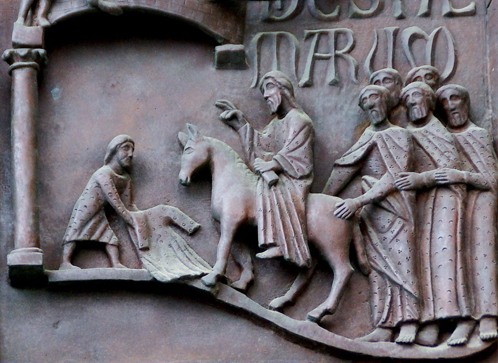 Средневековый собор на 5 евро Италии