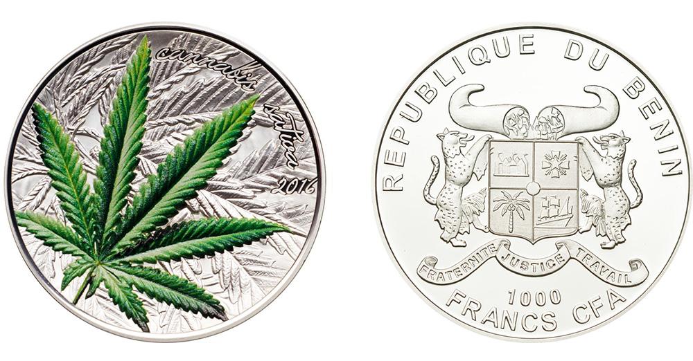 Деньги Бенина с запахом марихуаны