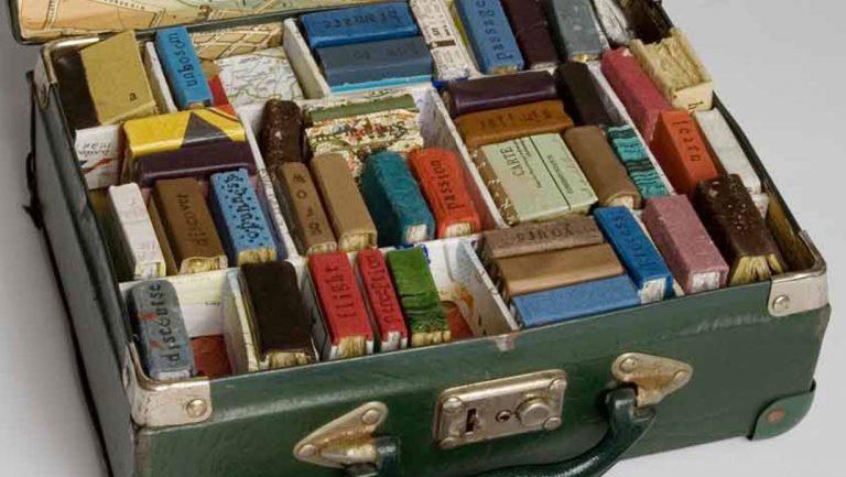 Продать старые книги